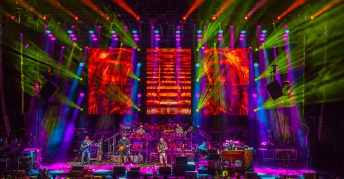 Dead & Company at The Forum